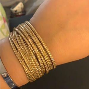 Fashionable Snap Bracelets